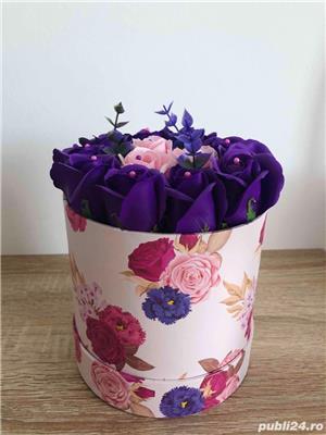 Aranjament cu trandafiri de sapun - imagine 5