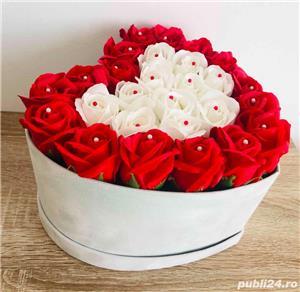Aranjament cu trandafiri de sapun - imagine 3