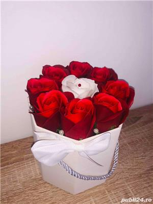 Aranjament cu trandafiri de sapun - imagine 6