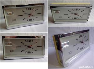 Ceas de masa Hero, made in China, anii '80, funcțional - imagine 3