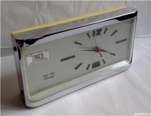 Ceas de masa Hero, made in China, anii '80, funcțional - imagine 1