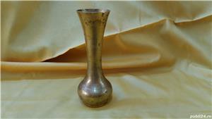 Spirtiera veche din bronz + cadou vaza veche din bronz - imagine 3