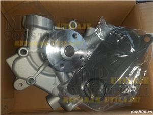 Pompa Apa Komatsu 4D92E - imagine 1