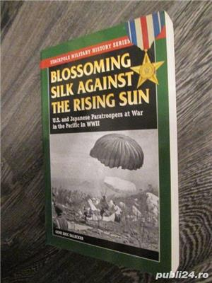Blossoming Silk against the Rising Sun - U.S. and Japan Paratroopers in WW2 (lb. engleza) - imagine 2