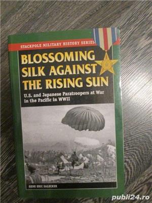 Blossoming Silk against the Rising Sun - U.S. and Japan Paratroopers in WW2 (lb. engleza) - imagine 1