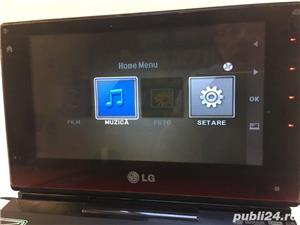 LG DVD Player portabil LG DP581B - imagine 5