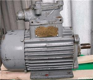 Motor electric 220/380V (200 RON) si Redresor baterii auto 24/12 V, (150 RON) - imagine 1