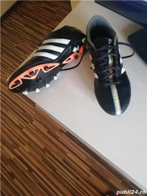 Ghete fotbal Adidas originale Mărimea 40/40, 5. - imagine 1