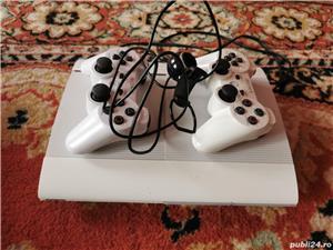 PS 3 + 21 de jocuri CADOU - imagine 1