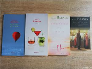 Cărți Julian Barnes (Niveluri de viață, Trois, Sentimentul unui sfârșit, Porcul Spinos) de la 10 lei - imagine 1