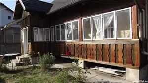 Cazare casa traditionala central, parter+ etaj, curte foisor gratar - imagine 1