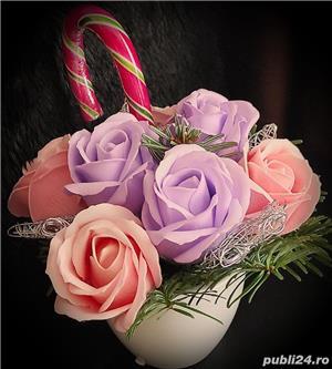 Aranjamente florale din trandafiri de săpun  - imagine 7