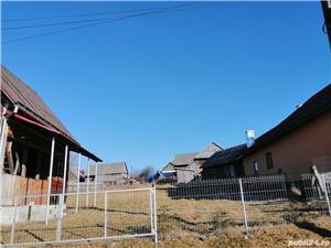 Teren Belis in vatra satului 800 metrii patrati cu casa la rosu - imagine 7