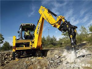 Închiriez utilaje constructii,buldo-excavator,miniexcavator,Bobcat,cilindru - imagine 3