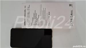 Telefon mobil Samsung Galaxy A20e, Dual SIM, 4G, Black garantie emag - imagine 7