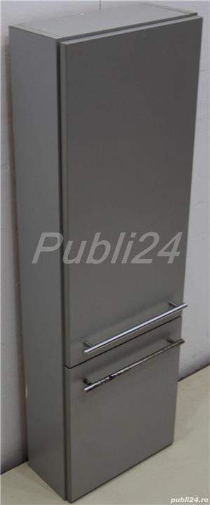 Dulapior suspendat cu usa; Corp solid de perete cu rafturi - imagine 3