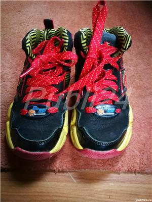 Adidasi Skechers marimea 28, editie limitata, 17 cm - imagine 2