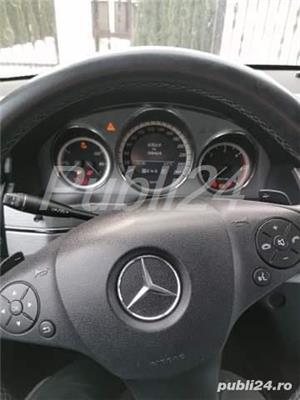 Mercedes-benz 220  - imagine 1