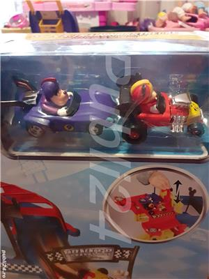 Mickey si piloți de cursă  - imagine 4