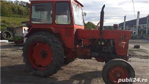 Tractor u650 + plug românesc cu 3 brazde  - imagine 2