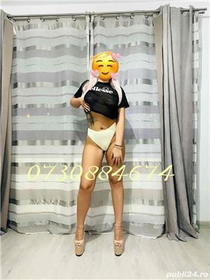Blonda hot  - imagine 1