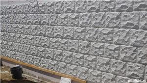 Capace palarii coame din beton alb si colorat pentru garduri si stalpi. Calitate extra! - imagine 8