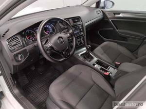 Volkswagen Golf - imagine 5