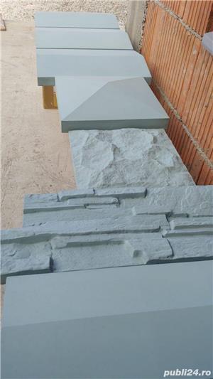 Capace palarii coame din beton alb si colorat pentru garduri si stalpi. Calitate extra! - imagine 2